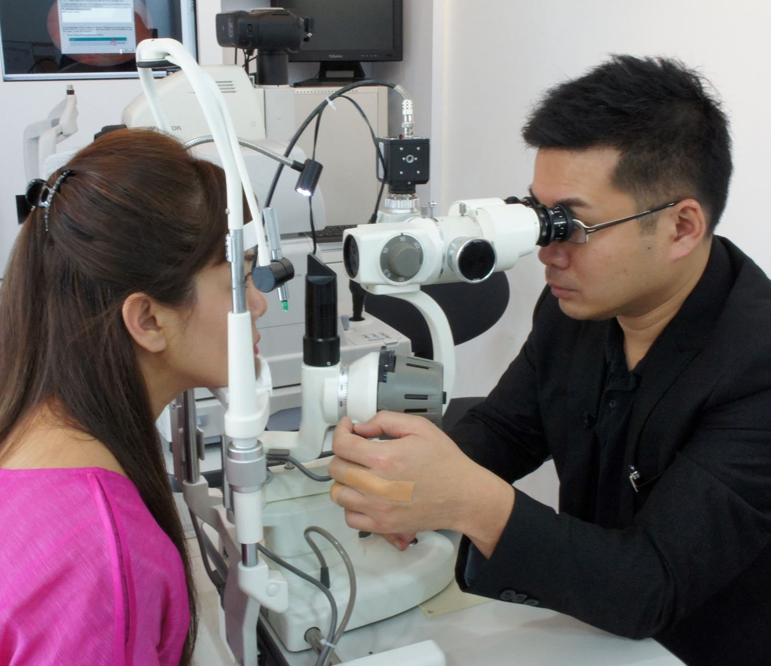 Your Eye Guardian provides comprehensive eye tests to help craft the prescriptive lenses you need